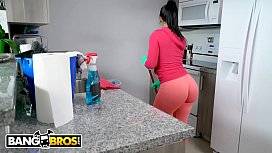 BANGBROS - Latin Housekeeper Rose Monroe Takes Dick From Her Client Jmac