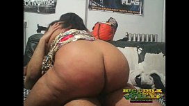THE HUGE ASS PRINCESS NALINI SHOWS MR.CUNNLINGUS SHE CAN BE A S RUFF RYDER ON HIS BLACK COCK