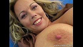 Hot milf plays with herself