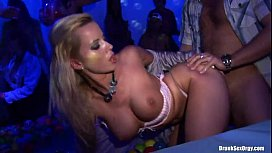 Porno-akce-CZ---Lets-Get-This-Sex-Party-Started---part-2
