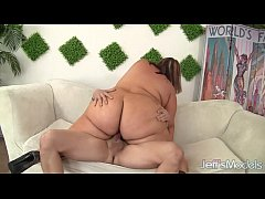 Huge Honey Blows a Guy and Gets Her Fat Pussy F...