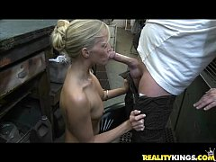 Jessica gets her courgar twat treated by the Milf Hunter's cock