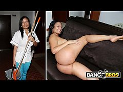 BANGBROS - Latina Maid Casandra Sucks Peter Gre...