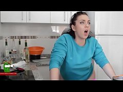 What a funny fucked in the kitchen! SAN340