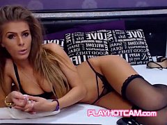 Like If This Super Babe Cant Be Any Hotter Remove Her Lingerie At PLAYHOTCAM