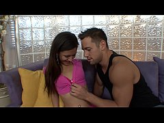 Juicy babysitter Ariana Fox get acquinted with hard rod of her chief