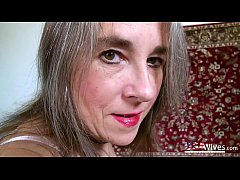 Old seductive mature lady from usa playing alone
