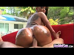Wet Oiled Big Ass Girl Get Deep Nailed On Cam movie-05