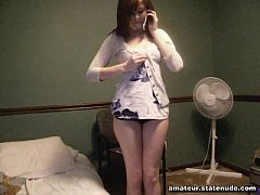 girl on the phone cumming