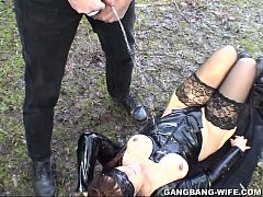 Dogging wife pissed on by 10 guys in a park