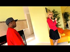 Nina Hartley gets Boned