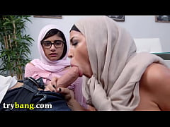 Arab Sensation Mia Khalifa Infamous Hijab Scene With Stepmom Juliana Vega