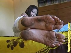Asian Chick with Size 9 & 1⁄2 dirty soles