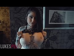 TATTOOED BABE OPHELIA RAIN TAKES A HUGE LOAD IN HER MOUTH