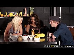 Brazzers - Shes Gonna Squirt - Carla Cox Kiki Minaj and Danny D -  Squirters Juice Bar