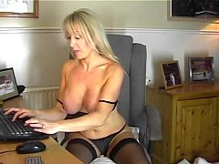 Your Mommy Plays with Hot Pussy for Me - cam19.org