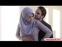 Muslim wife anal fucked by a persistent FBI agent
