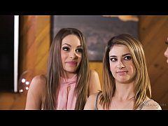 Squirting lesbian triangle - Kimmy Granger, Mel...