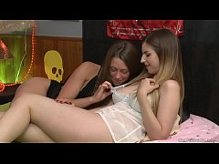 Super sexy lodgers Kirsten Lee and Stella Cox