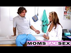 Doctor orders hot threesome with step sister an...