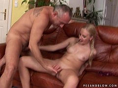 Amateur russian babe squirting continuously