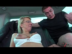 Busty Amateur Milf Is Not Worried About Taking Such A Big Load In Her Pussy