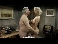 Sexy hot blonde. Who is she? Full video link pl...