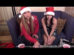 ho ho ho hot chicks helping eachother with dildos