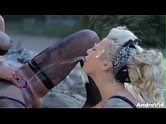 Bonnie Rotten Outdoor Lesbian Squirting