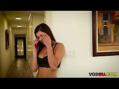 American teen Leah Gotti gets fucked by her stepdad