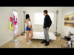 Valentina Nappi plays with the photographer - PrettyDirty