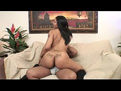 3754427 Bubble butt ebony gets to ride a black stud cowgirl style 720p