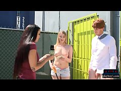 Handsfree handjobs by amateur chicks for some o...