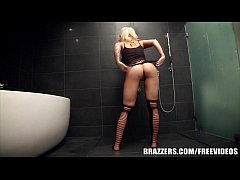 Brazzers - Candy Manson - Anal Beads and a Shower Fuck