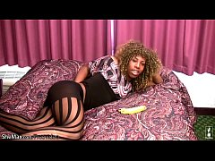 Blonde ebony tranny in pantyhose plays with ban...