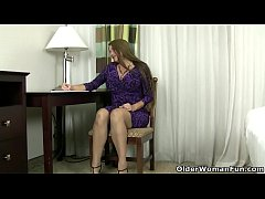 American and pregnant milf Jocelyn teases her hard nipples and plays with her lustful pussy