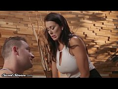 Big Titty MILF Reagan Foxx Lustful Passion with Younger Man