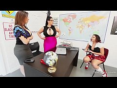 Sara Jay and Angelina Castro In Class With Gia!