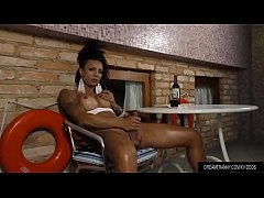 Exotic Transsexual Isa Potter Wanks Her Penis a...