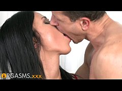 Orgasms Raven Haired Beauty Fucked Hard After Having Her