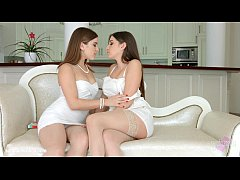 Morning Chill by Sapphic Erotica - Evalina Darl...