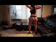 White-girl-with-big-booty-shaking-her-cakes-in-her-living-ro