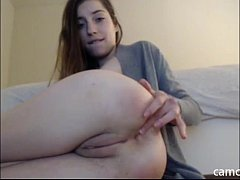 Teen plays with her asshole