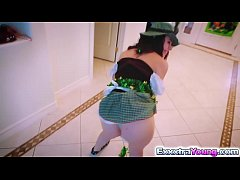 Sexy leprechaun babe Lucie gets a hot fuck